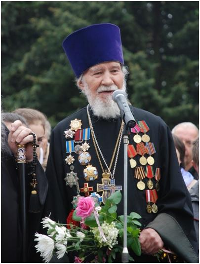 Виступ на меморіалі Вічної слави у Луцьку. 9 травня 2010 року