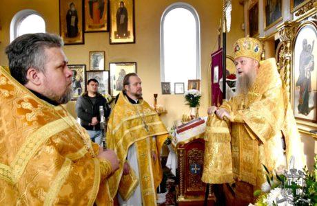 Архієпископ Нафанаїл очолив святкове богослужіння з нагоди 10-ї річниці освячення Свято-Вознесенського храму Луцька
